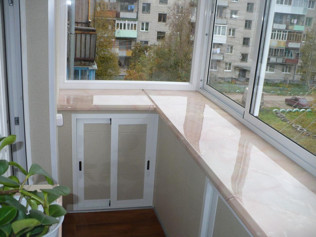 Остекление с выносом на балконах и лоджиях цены, фото и виде.